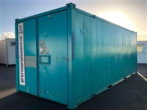Pre-Owned 20' x 8'/ 6 x 2.4m