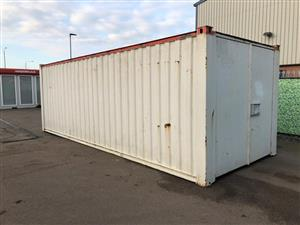 Pre-owned 24' x 9'/7.3 x 2.8m