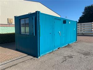 Pre-owned 20' x 8' / 6m x 2.4m